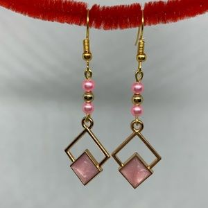 Jewelry - Pink and gold earrings